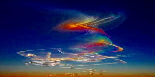 nubes-iridiscentes